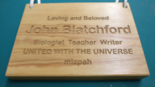 picture of engraved wooden memorial plaque